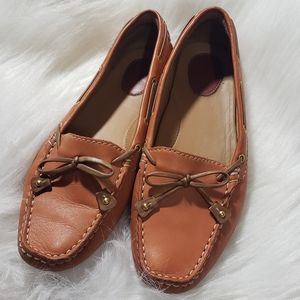 Clarks leather loafers with tie detail